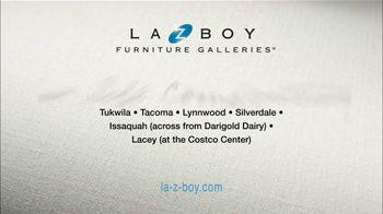La-Z-Boy 36 Hour Sale TV Spot, 'That Special Piece' - Thumbnail 7