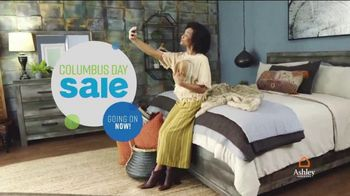 Ashley HomeStore Columbus Day Mattress Sale TV Spot, 'Stearns & Foster' Song by Midnight Riot - Thumbnail 2