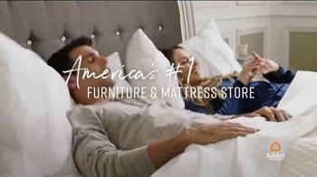 Ashley HomeStore Columbus Day Mattress Sale TV Spot, 'Stearns & Foster' Song by Midnight Riot - Thumbnail 7