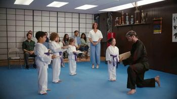 Sling TV Spot, 'Karate' Featuring Maya Rudolph - 6913 commercial airings
