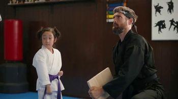 Sling TV Spot, 'Karate' Featuring Maya Rudolph - Thumbnail 3
