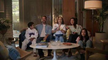 Sling TV Spot, 'Karate' Featuring Maya Rudolph - Thumbnail 6
