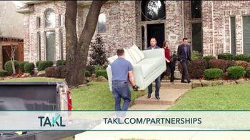 Takl TV Spot, 'Think Outside the Box' - Thumbnail 5