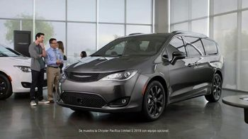 2019 Chrysler Pacifica TV Spot, 'Tough Decision: Talking Van' [Spanish] [T2] - 44 commercial airings