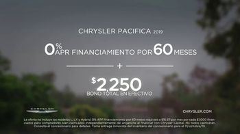 2019 Chrysler Pacifica TV Spot, 'Tough Decision: Talking Van' [Spanish] [T2] - Thumbnail 8