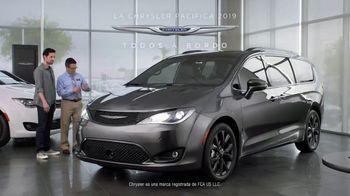 2019 Chrysler Pacifica TV Spot, 'Tough Decision: Talking Van' [Spanish] [T1] - Thumbnail 10