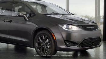 2019 Chrysler Pacifica TV Spot, 'Tough Decision: Talking Van' [Spanish] [T1] - 158 commercial airings