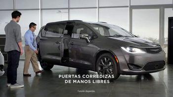 2019 Chrysler Pacifica TV Spot, 'Tough Decision: Talking Van' [Spanish] [T1] - Thumbnail 6
