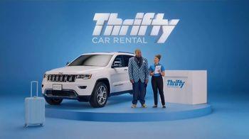 Thrifty Car Rental TV Spot, 'Goldi Locks III: Never Compromise' Featuring Kenan Thompson - Thumbnail 6