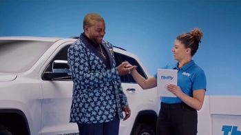 Thrifty Car Rental TV Spot, 'Goldi Locks III: Never Compromise' Featuring Kenan Thompson - Thumbnail 7