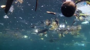 Procter & Gamble TV Spot, 'National Geographic: Beach Plastic' - Thumbnail 3