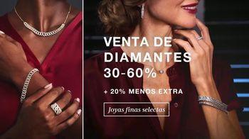 Macy's Venta del Día del Descubrimiento TV Spot, 'Zapatos, diamantes y abrigos' [Spanish] - Thumbnail 4