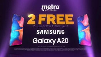 Metro by T-Mobile TV Spot, \'Free Phones\'
