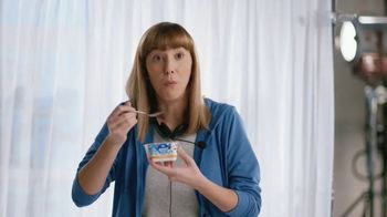 Almond Breeze Almondmilk Yogurt Alternative TV Spot, 'Cut: Granola'