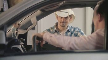 Nationwide Insurance TV Spot, 'Jingle Sessions: Bobbleheads' Featuring Peyton Manning, Brad Paisley - Thumbnail 8