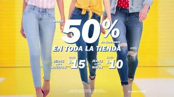Old Navy TV Spot , 'Entona tu look de verano: jeans para adultos y niños' cancion de Kaskade [Spanish] - Thumbnail 2