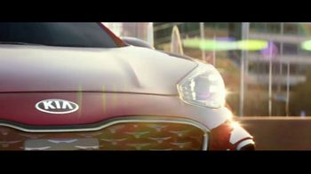 2020 Kia Sportage TV Spot, 'More Options, Standard' [T1] - Thumbnail 1