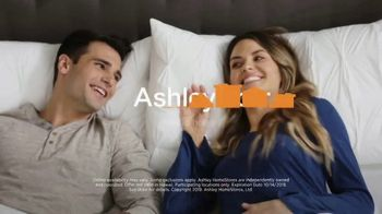 Ashley HomeStore Columbus Day Mattress Sale TV Spot, 'Final Week: $31' Song by Midnight Riot - Thumbnail 9