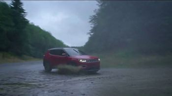 Jeep Compass TV Spot, 'When It Rains' Song by Of Monsters and Men [T1] - Thumbnail 6