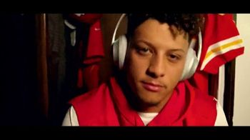 Bose TV Spot, 'Headphones On, Head Up.' Featuring Patrick Mahomes, Song by Oh the Larceny - Thumbnail 2