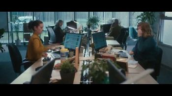 Clorox TV Spot, 'Fight Back: Office Desk' - Thumbnail 6