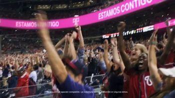 T-Mobile TV Spot, 'En casa o afuera, estamos contigo' canción de The Who [Spanish] - Thumbnail 9
