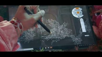 Microsoft Surface TV Spot, 'Una visión' canción de Minnie Riperton [Spanish] - Thumbnail 4