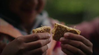 Nature Valley Crunchy Granola Bars TV Spot, 'Keeps You Out There' Song by Dalton Day - Thumbnail 5