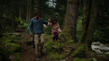 Nature Valley Crunchy Granola Bars TV Spot, 'Keeps You Out There' Song by Dalton Day - Thumbnail 8