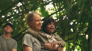 Airbnb Experiences TV Spot, 'Introducing Animals' Song by Doris Day - Thumbnail 6