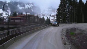 2019 Toyota Highlander TV Spot, 'Western Washington Road Trip' Feat. Danielle Demski, Ethan Erickson [T2] - Thumbnail 9