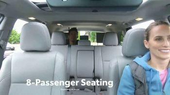 2019 Toyota Highlander TV Spot, 'Western Washington Road Trip' Feat. Danielle Demski, Ethan Erickson [T2] - Thumbnail 3