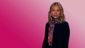 Ford Warriors in Pink TV Spot, 'Scarf' Featuring Maria Bello - Thumbnail 1