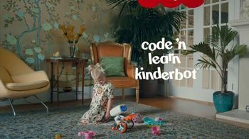 Fisher-Price Code 'n Learn Kinderbot TV Spot, 'Direction' - Thumbnail 8