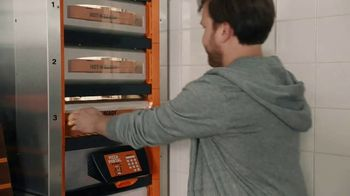 Little Caesars Pizza TV Spot, 'Meet Dad: Free Crazy Bread' - Thumbnail 5