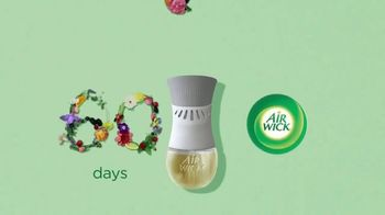 Air Wick Scented Oil Plug-In TV Spot, 'Fragrance That Lasts 60 Days' - Thumbnail 5