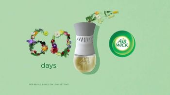 Air Wick Scented Oil Plug-In TV Spot, 'Fragrance That Lasts 60 Days' - Thumbnail 6
