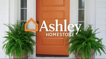 Ashley HomeStore Black Friday in July Sale TV Spot, 'Last Chance: Five Years Special Financing' - Thumbnail 1