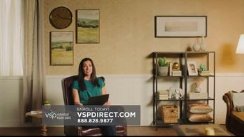 VSP Individual Vision Plan TV Spot, 'New Glasses, New Outlook' - Thumbnail 3