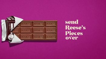 Hershey's Milk Chocolate Bar & Reese's Pieces Candy TV Spot, 'Red Rover' - Thumbnail 3