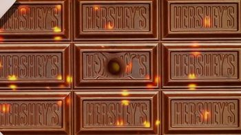 Hershey's Milk Chocolate Bar & Reese's Pieces Candy TV Spot, 'Red Rover' - Thumbnail 6
