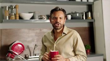 DishLATINO TV Spot, 'Somos para ti: control remoto' con Eugenio Derbez, cáncion de Julieta Venegas [Spanish] - Thumbnail 1