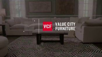 Value City Furniture TV Spot, 'Designer Looks Without Designer Prices' - Thumbnail 1