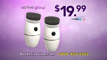 Active Glow TV Spot, 'Activated Charcoal Bristles' - Thumbnail 7