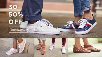 Macy's One Day Sale TV Spot, 'Back to School: Shoes for Class' - Thumbnail 3