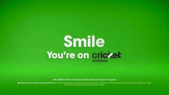 Cricket Wireless TV Spot, 'Hiyeeee: Moto e5 Cruise' - Thumbnail 7