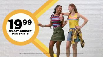 JCPenney The Bus Stops Here Sale TV Spot, 'Extra 25 Percent Off: Mini Skirts, Jeans and Bras' - Thumbnail 5