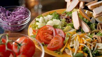 Zaxby's Zalads TV Spot, 'Zax Facts: We Don't Make Salads' - Thumbnail 4