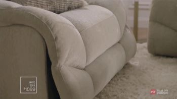 Value City Furniture Designer Looks TV Spot, 'Meet Your New Family Member' - Thumbnail 2