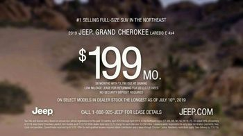 Summer of Jeep TV Spot, 'The Freedom to Do It All' Song by Jeremy Renner [T2] - Thumbnail 6